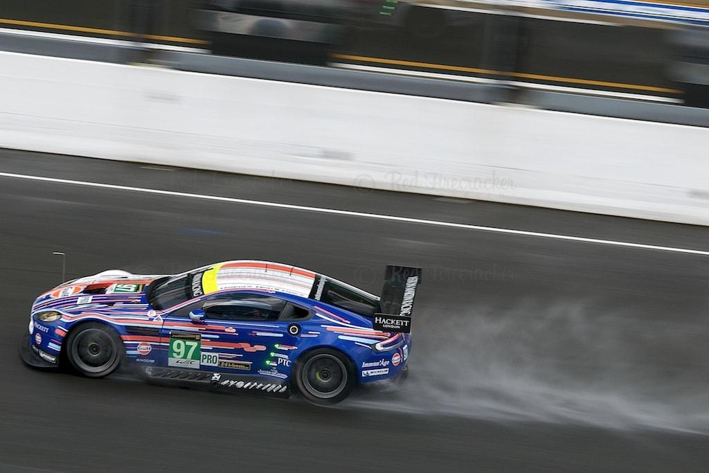 No 97 Aston Martin Racing Vantage 4.5 L V8 GTE PRO Darren Turner, Peter Dumbreck, Stefan Mücke, Le Mans 24 Heures 2013